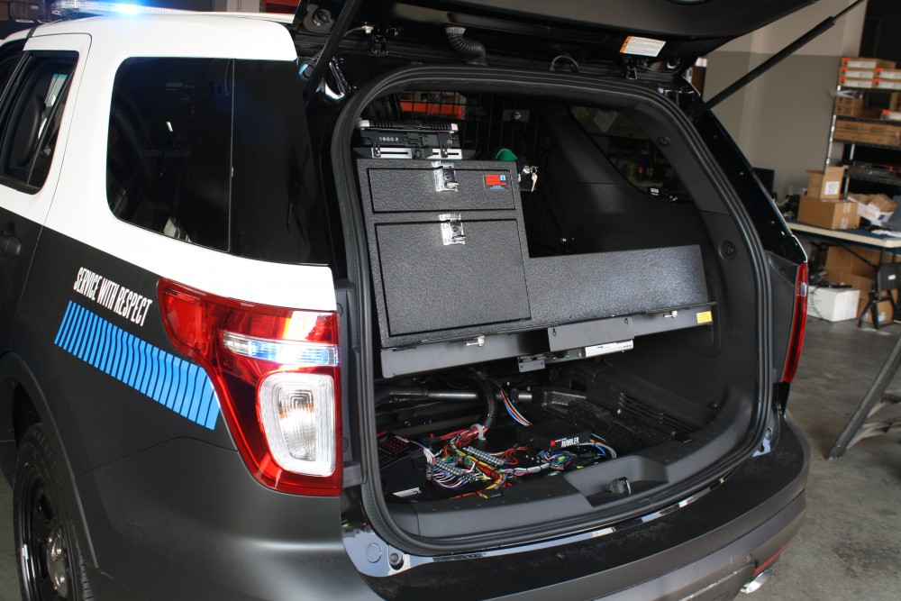 new police ford explorer